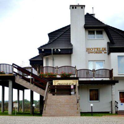 zdjecie hotelu dworek w Legnickim Polu