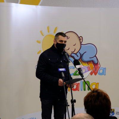 Zdjęcie prezentujące przemówienie Wójta