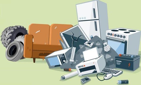 obrazek przedstawia zużyte meble, sprzęt agd i rtv